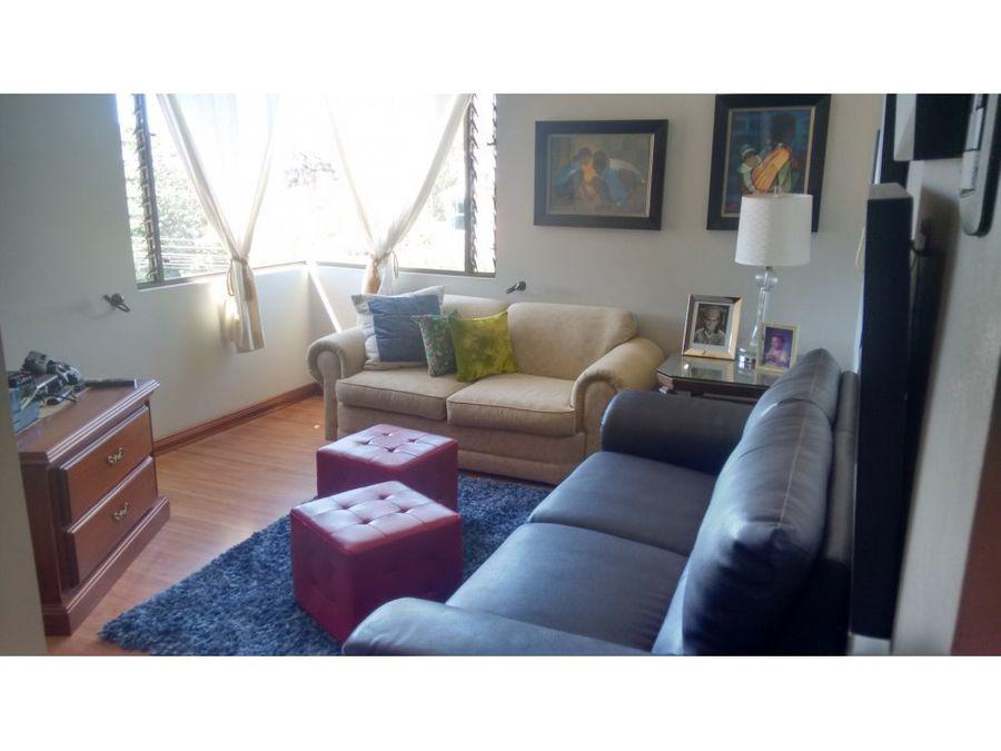 venta de casa en residencial en curridabat