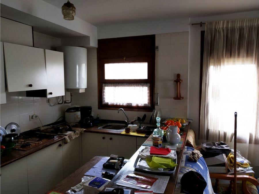 apartamento empuriabrava 2 h garaje 130 000e