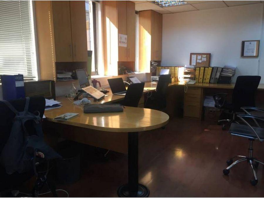 oficina arriendo 121 mt2 metro tobalaba