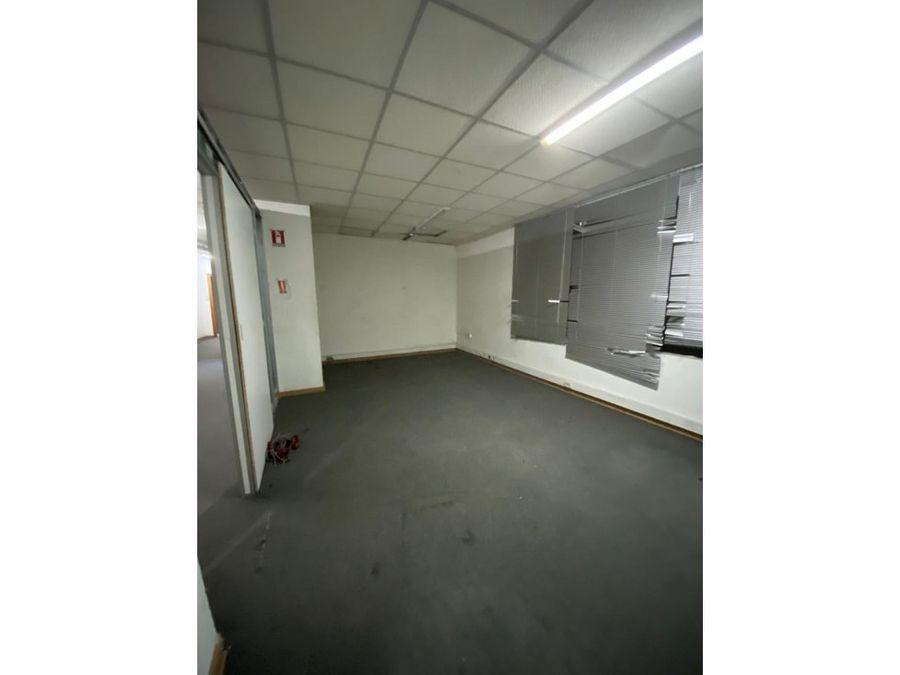 oficina arriendo 230 mt2 tarapaca santiago