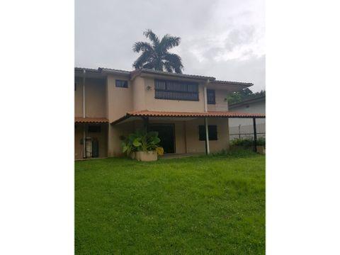 sea confiable vende o alquiler con opcion a compra casa en clayton
