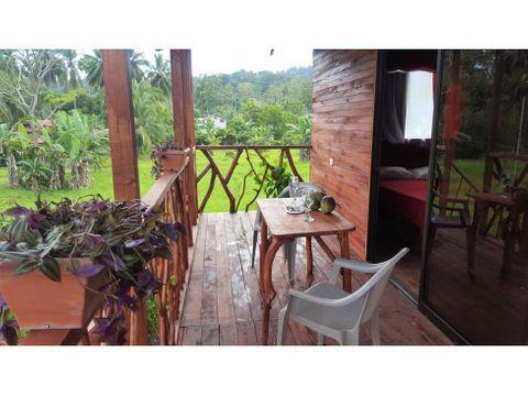 hostal cabina ecologica cahuita en funcionamiento