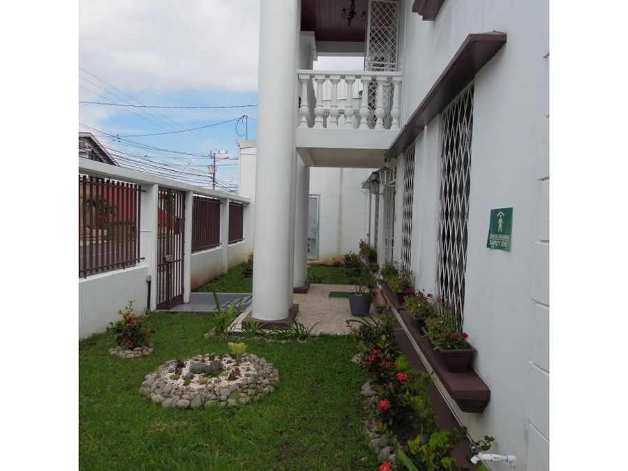 venta de casa y local uso suelo mixto montelimar guadalupe