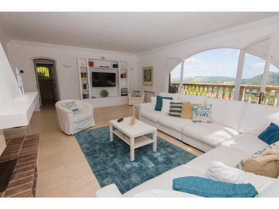 casa con bonitas vistas en costa de canyamel