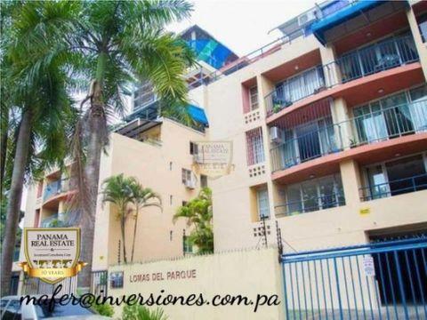 apartamento amplia terraza y recien remodelado frente a parque omar