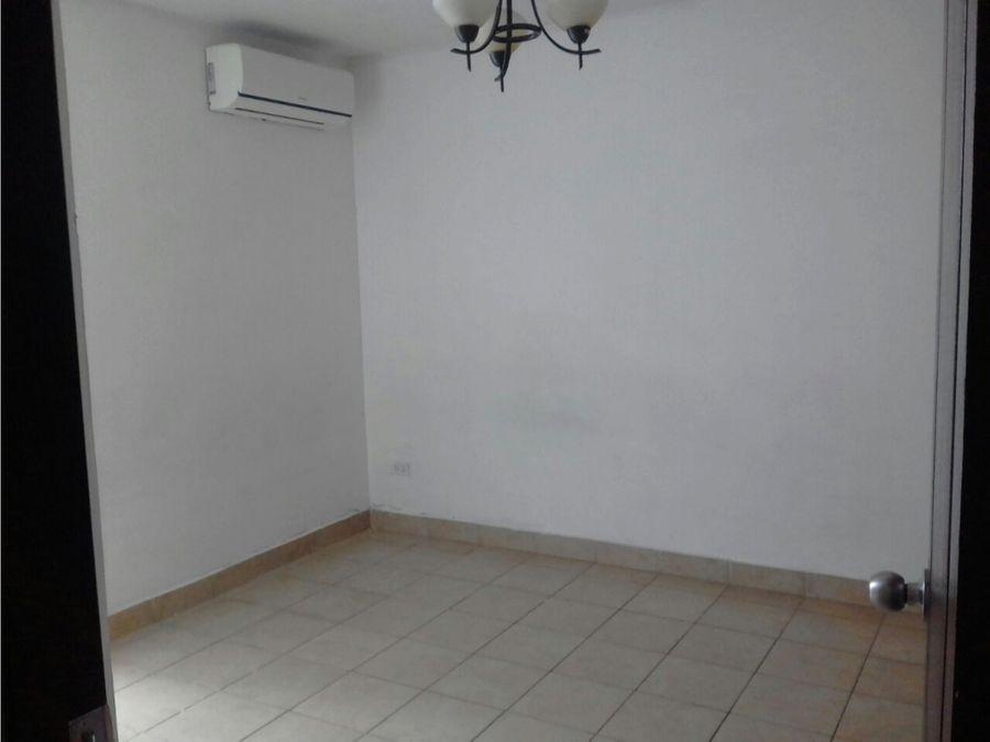 vendo apartamento 2 rec 2 banos en parque lefevre sky