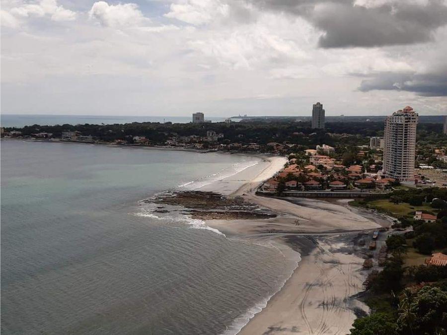se alquila apartamento de playa en p h bahia gorgona