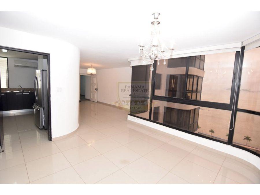 avenida balboa 3 habitaciones 145 mts 270000