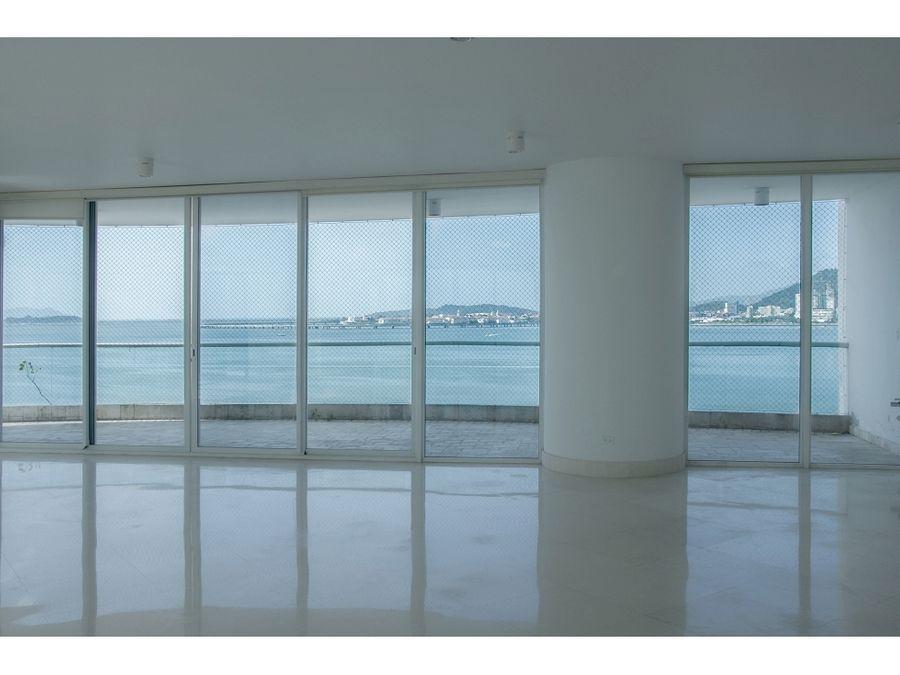 paitilla 500 mts 4 habitaciones linea blanca