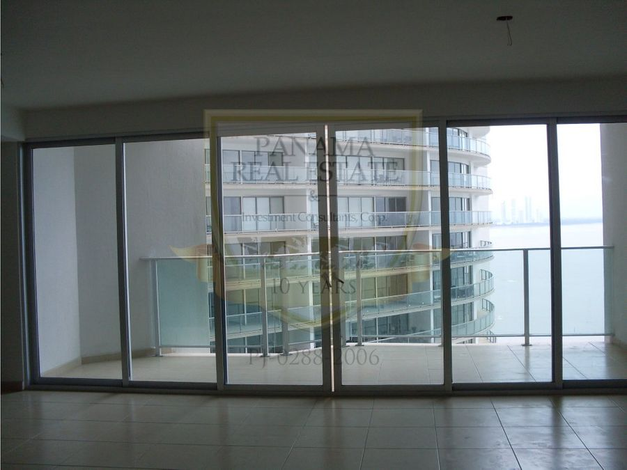 alquiler o venta punta pacifica ph oasis on the bay 240m2 hm15