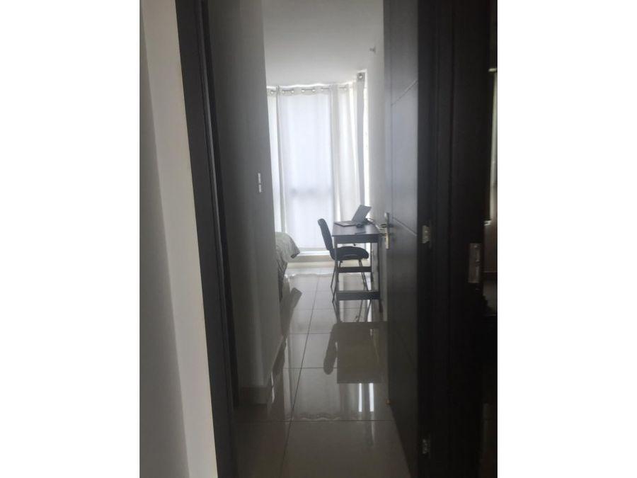 alquilo apartamento amoblado en via espana