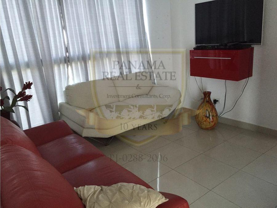 venta en el cangrejo ph forum 3 recamaras 220 m2 hm034