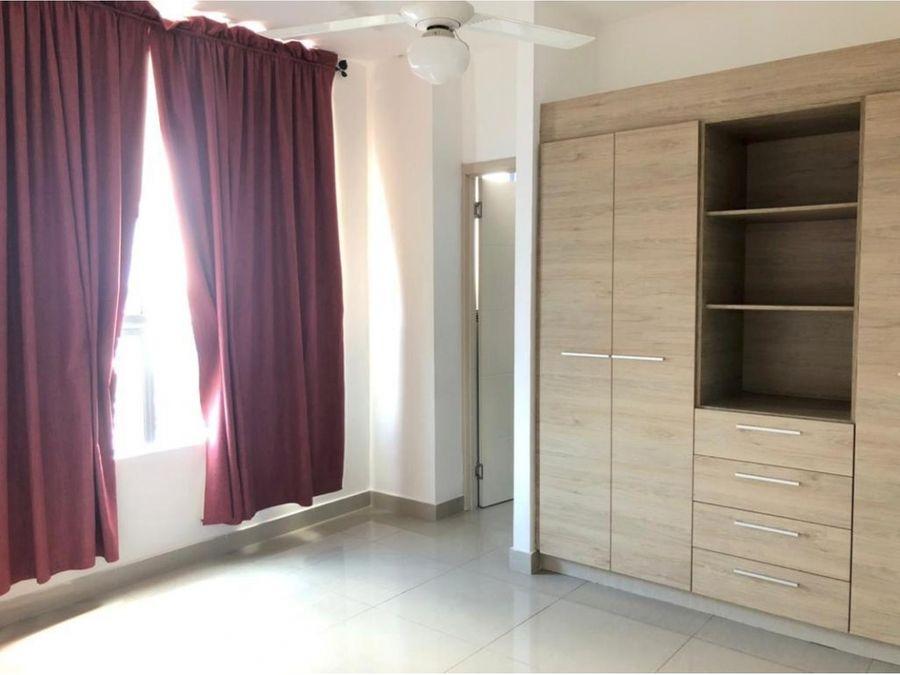 apartamento en alquiler en el carmen ph raimbow