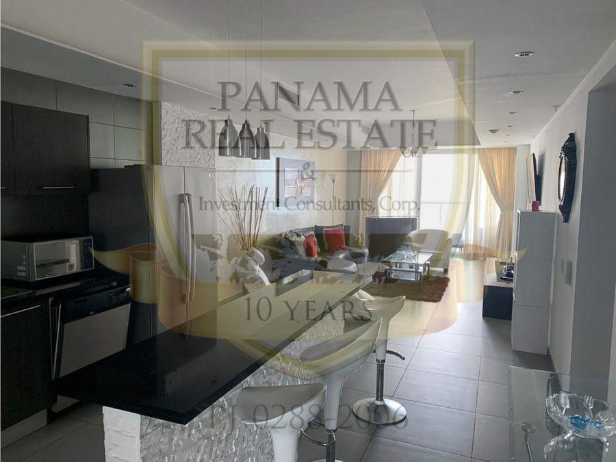 alquilo en avenida balboa ph yacht club 3 rec amoblado hm051