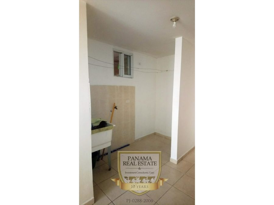 alquiler apartamento las acacias 2 recamaras vacio 550neg lb