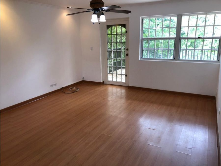 casa en clayton jardin linea blanca 2200 vc