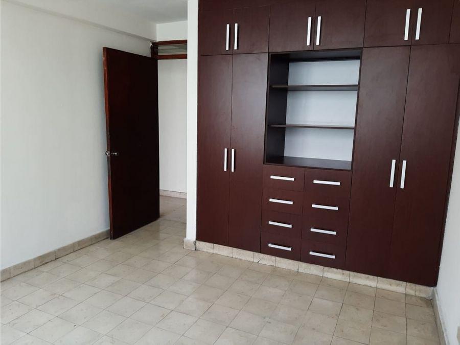 apartamento en alquiler en cangrejo via veneton 750
