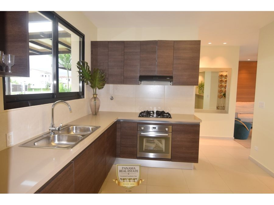casas nuevas en ph costa linda con facilidades de pago costa sur lisa