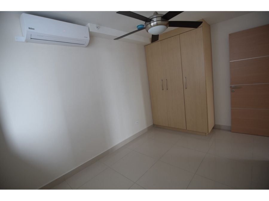 apartamento aprovecha paquete familiar ph torres de castilla mf