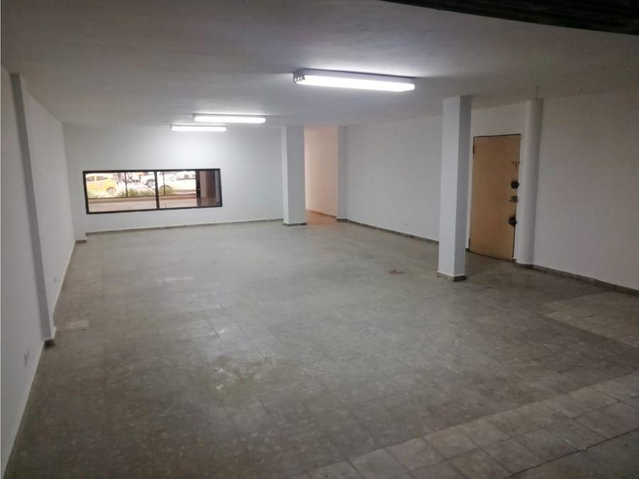 alquiler de local en obarrio 350 m2 mg