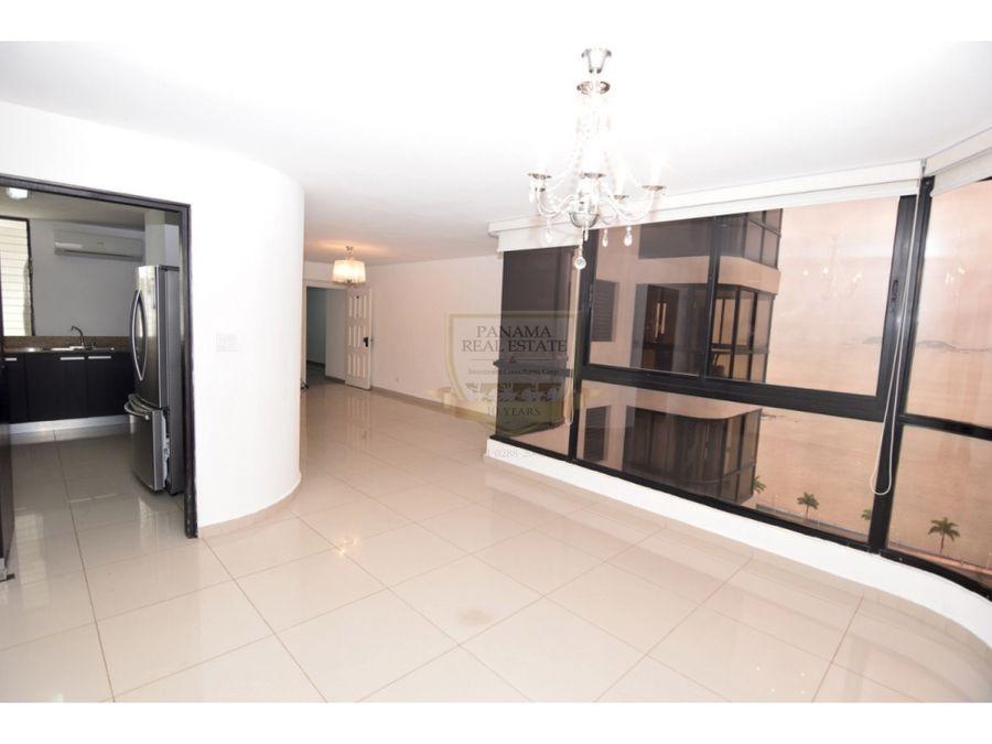 avenida balboa 3 habitaciones 145 mts 265000