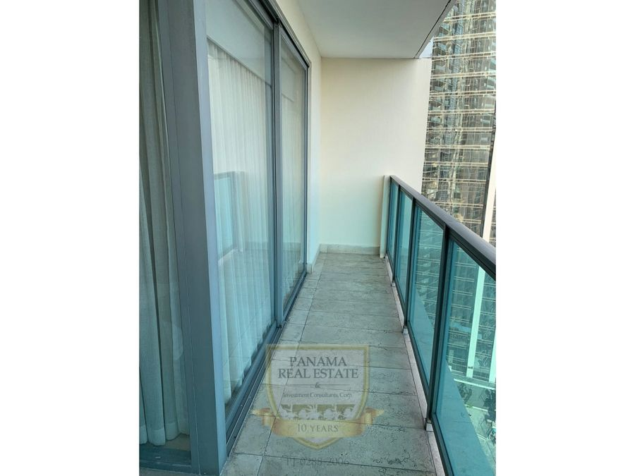 alquiler en avenida balboa ph yoo arts mod d 1rec 134m2 hm079
