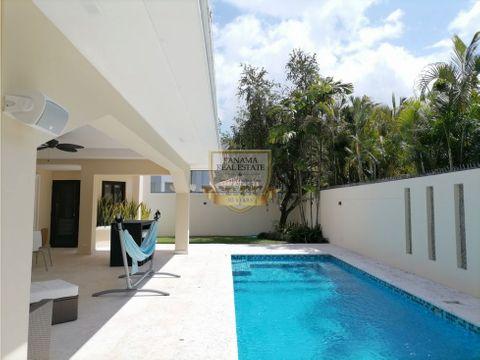 alquiler casa costa del este con piscina y linea blanca aida