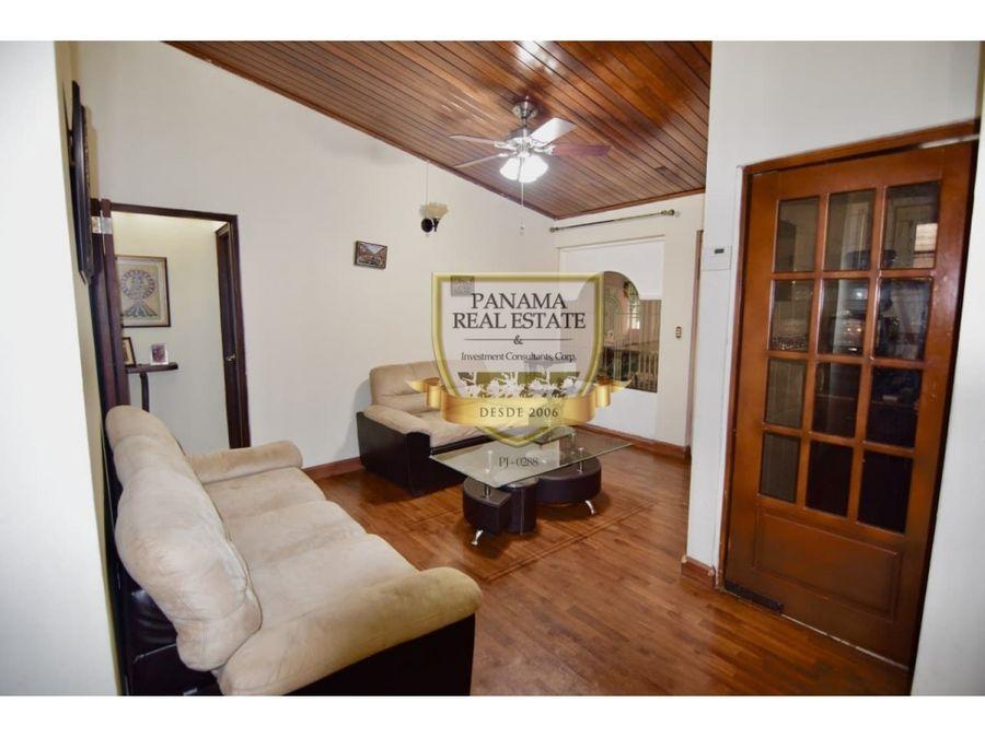 se vende casa en chanis 3hab 279mts cc