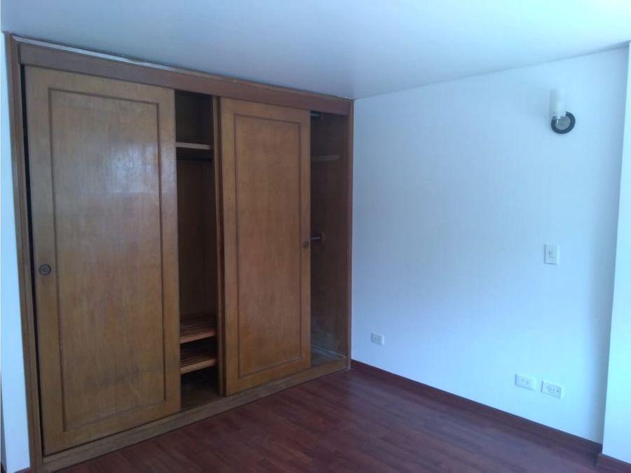 vendo excelente apartamento santa barbara