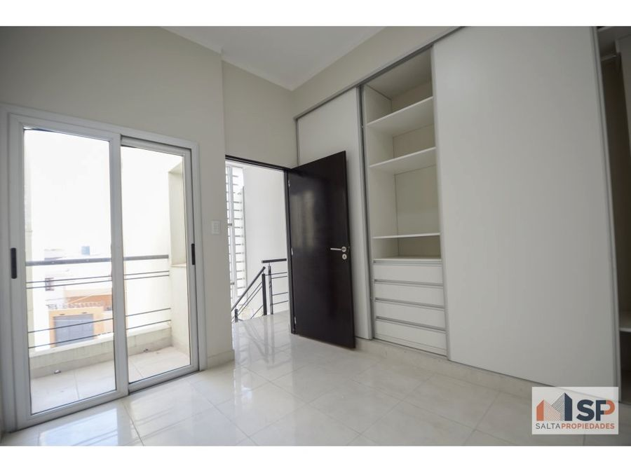 duplex con local comercial en grand bourg