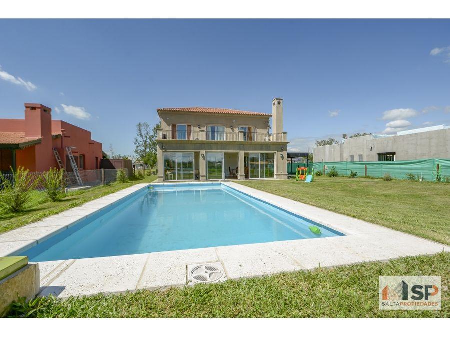 hermosa casa en jardines de san lorenzo