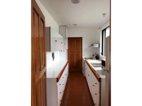 renta de apartamento en zona 15 vh ii