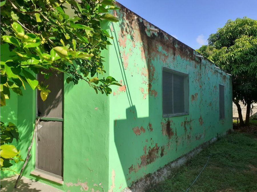casa con extenso terreno ubicada xcumpich