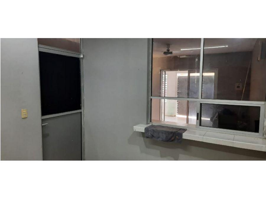 venta de casa ideal para oficina cerca de la 60