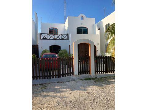 casa vestida y equipada a 150 metros del mar de chelem