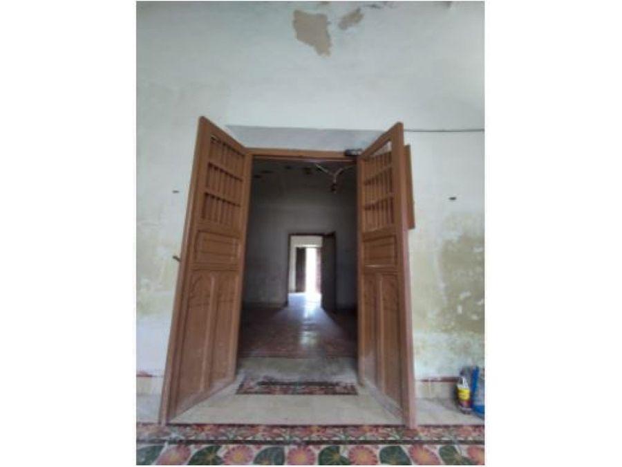 casa para remodelar en el centro 538