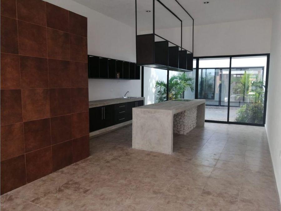 bonita casa estilo minimalista en el centro