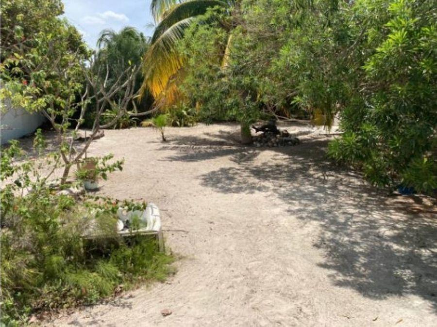 casa de un piso estilo colonial en las playas de chelem