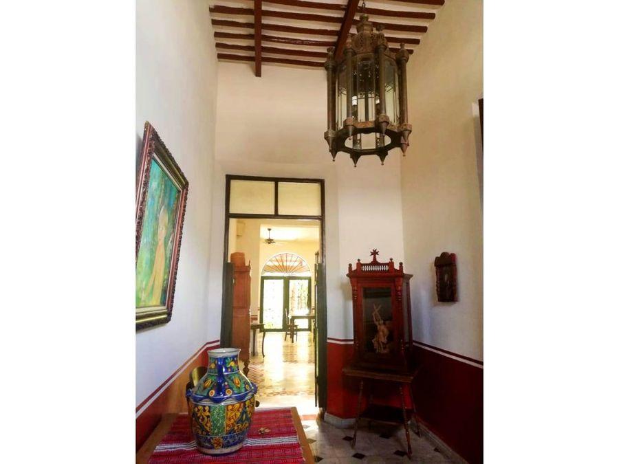 impresionante casa amueblada estilo colonial