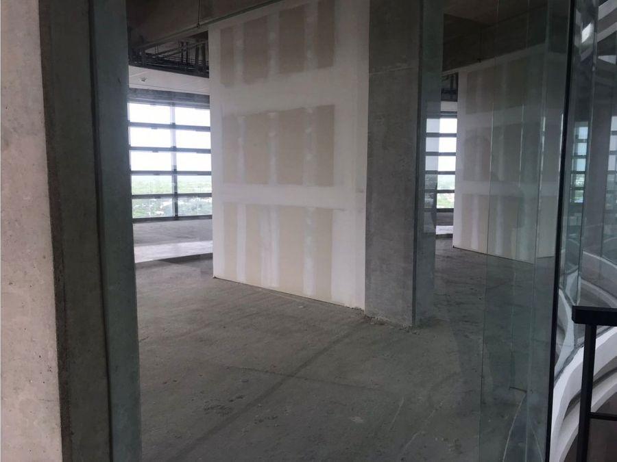 oficina en edificio orion