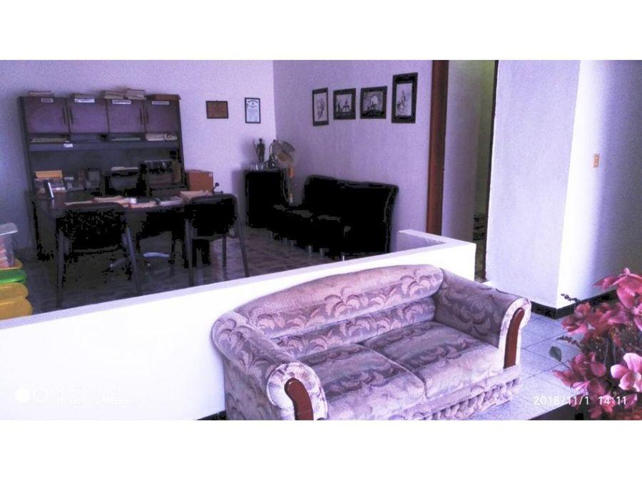 casa estilo oficina en chuburna de hidalgo