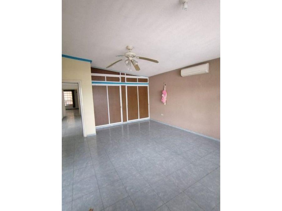 amplia casa en el centro oriente de merida yucatan