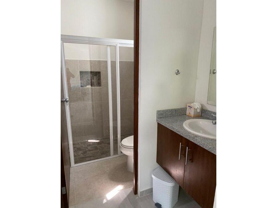 casa de 2 pisos nueva en ghuburna hgo yucatan