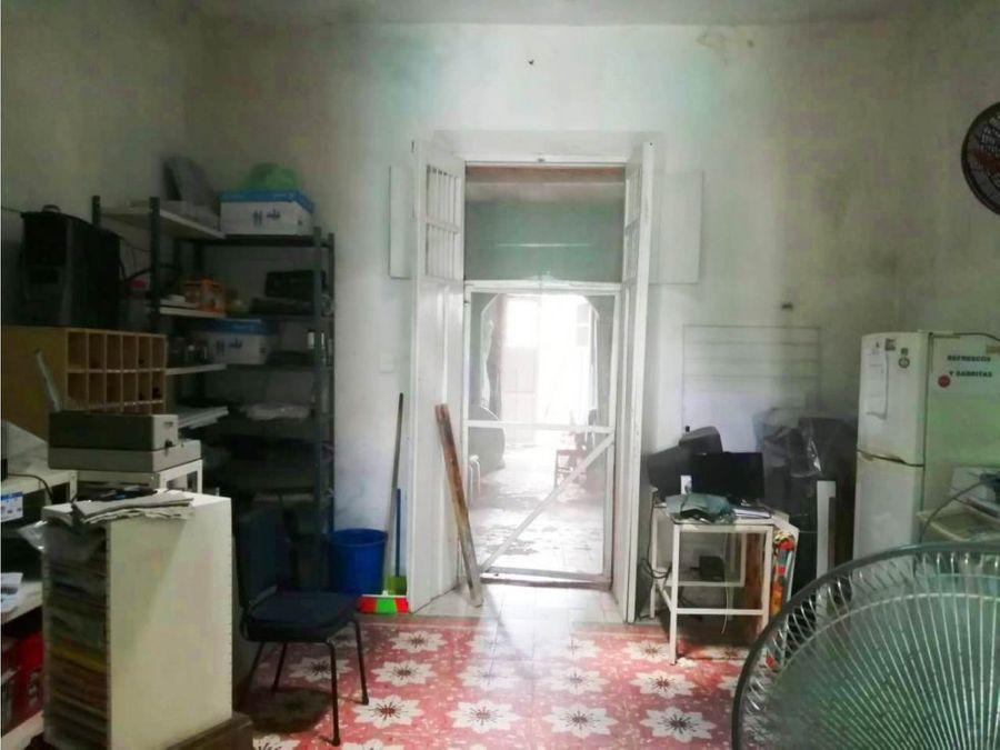 casa para restaurar a unas cuadras de santiago