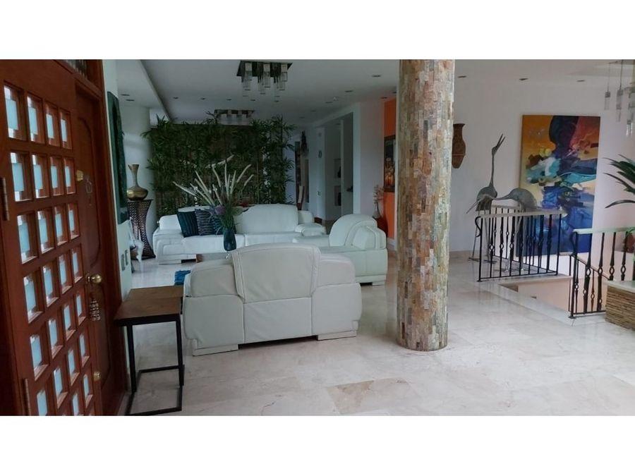 casa de lujo en venta en mirador del poblado las palmas