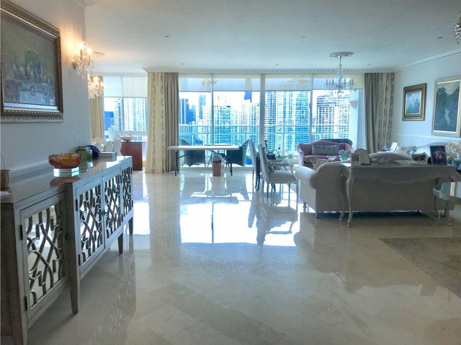 apartamento ph peninsula vista a la bahia