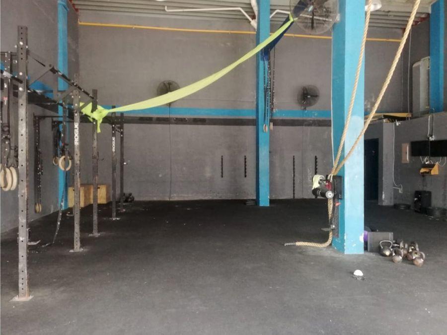 local 236 m2 en obarrio ideal gimnasio