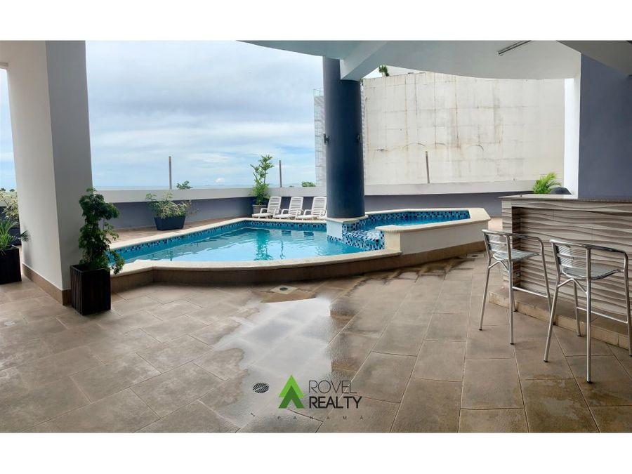 apartamento con vista al mar en rocamar