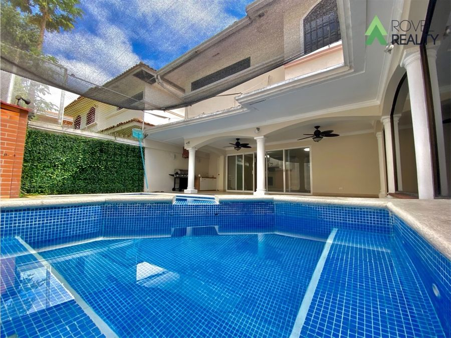 casa con piscina a la venta la alameda betania