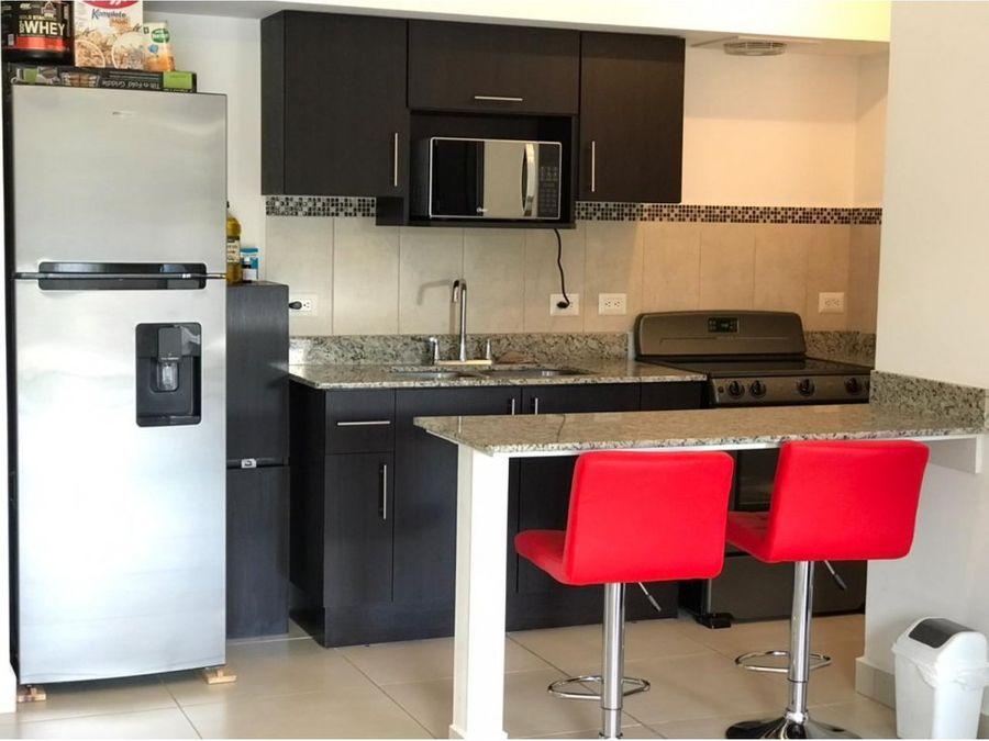 se vende apartamento en condominio curridabat 105000